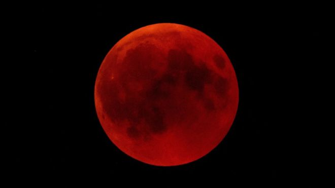 The blood moon reminds me of Allah